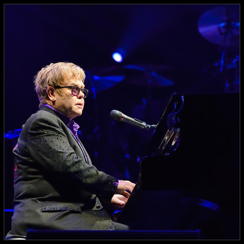 Døgnvill Sir Elton John