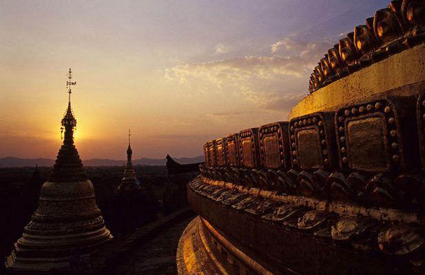 Dhammajazaka-zedi in Bagan