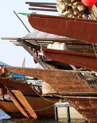 Dhows a Dubai.Bateaux de transports traditionnels des emirats.