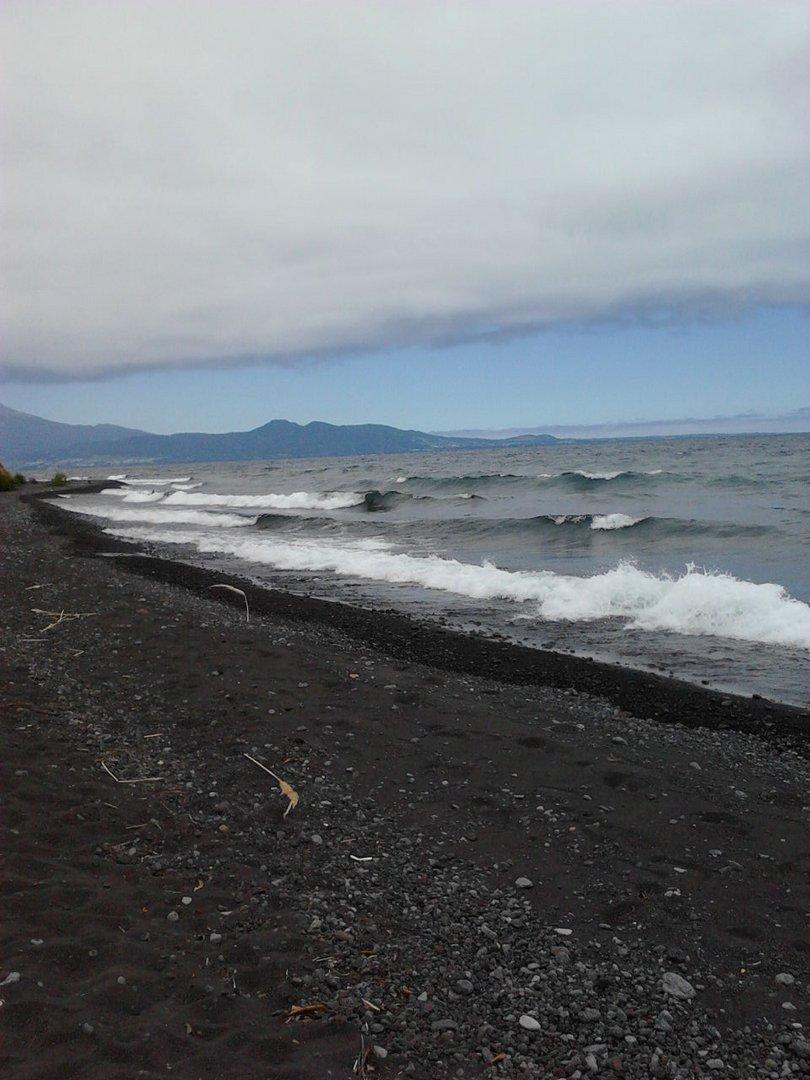Dia nublado en Lago Llanquihue..