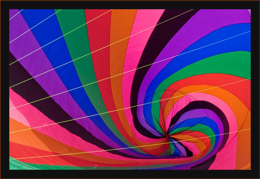 Diagonal geschnittener Farbwirbel