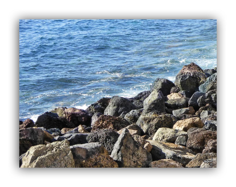 Diálogo de la roca y el mar