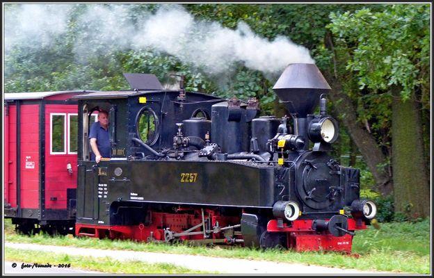 Die 2257 unter Dampf zurück  ..
