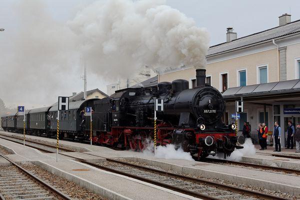 Die 657.2770 der ÖGEG erreicht Ried im Innkreis