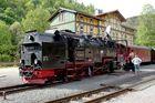 Die 99 7245-6 im Bahnhof Eisfelder Talmühle