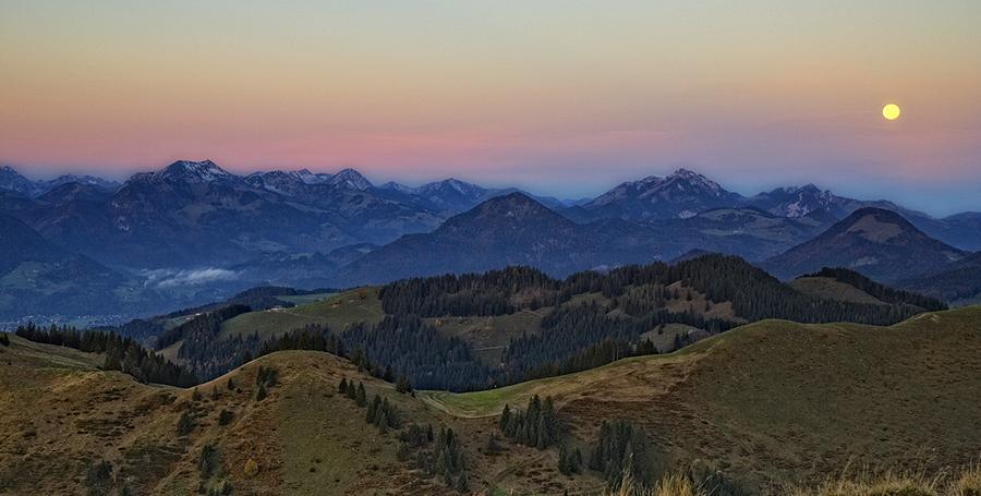 Die Alpen erwachen aus dem Schlaf