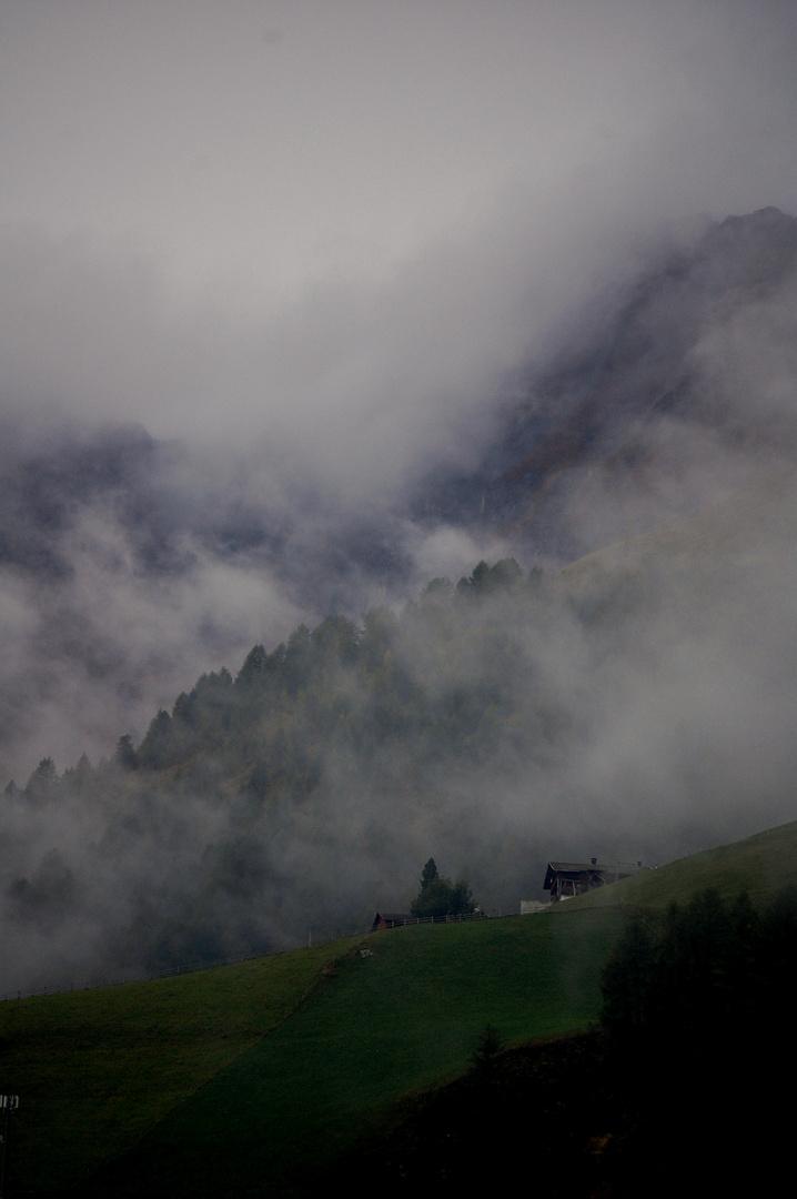 Die Alpen im Glanz des Nebels