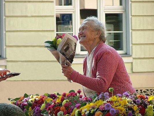 Die alte Blumendame...
