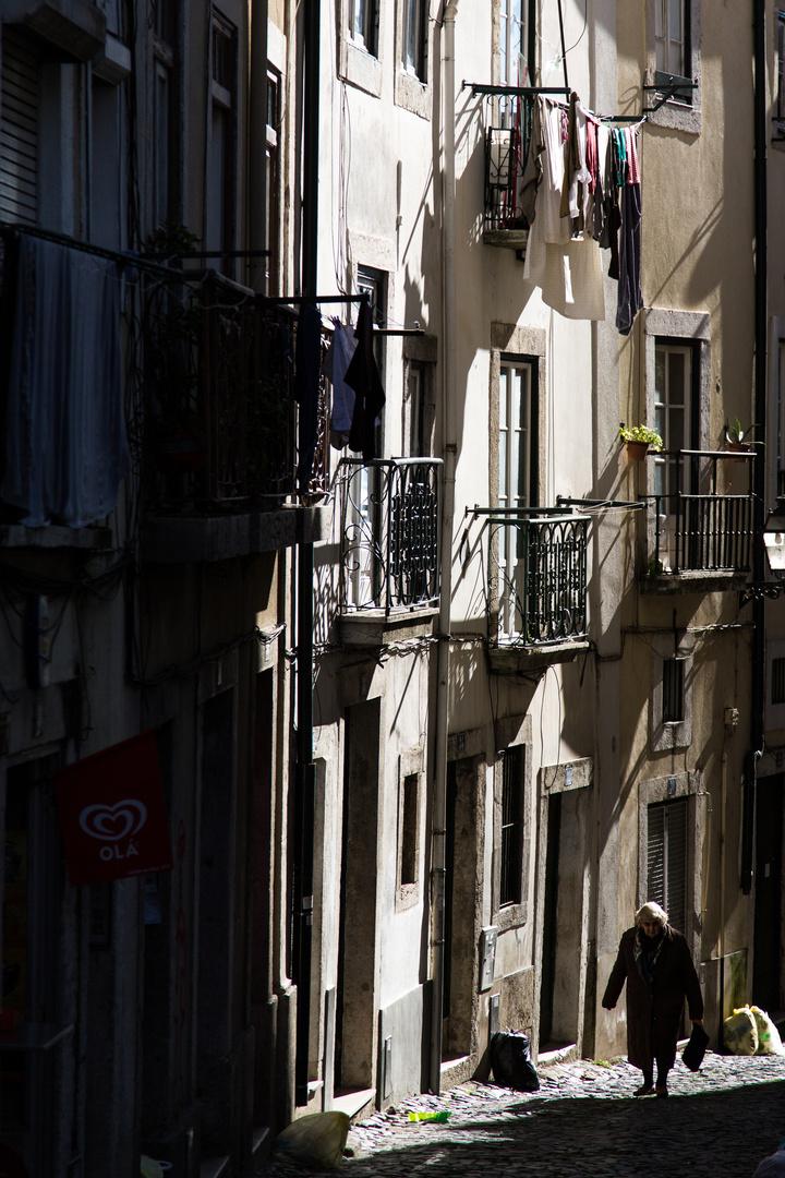 Die alte Dame aus Lissabon