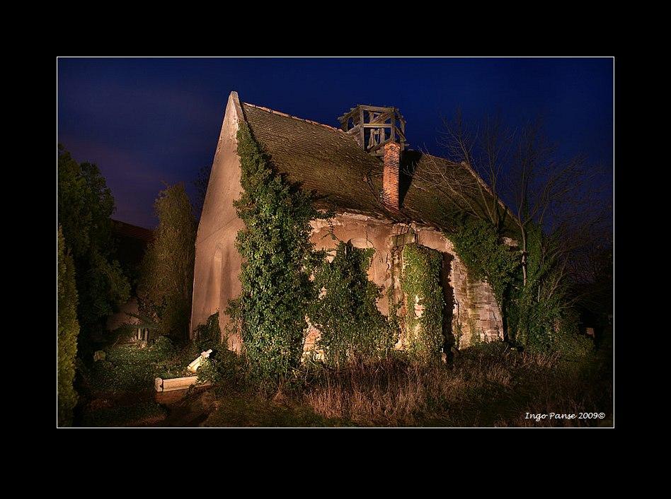 - Die alte Dorfkirche -