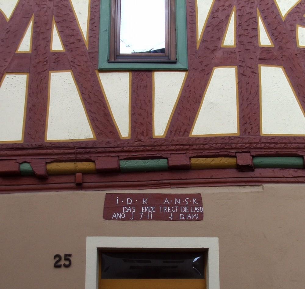 Die alte Lateinschule (Inschrift)