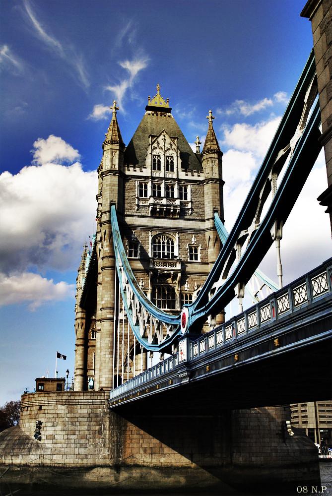 ....die alte Tower Bridge.....