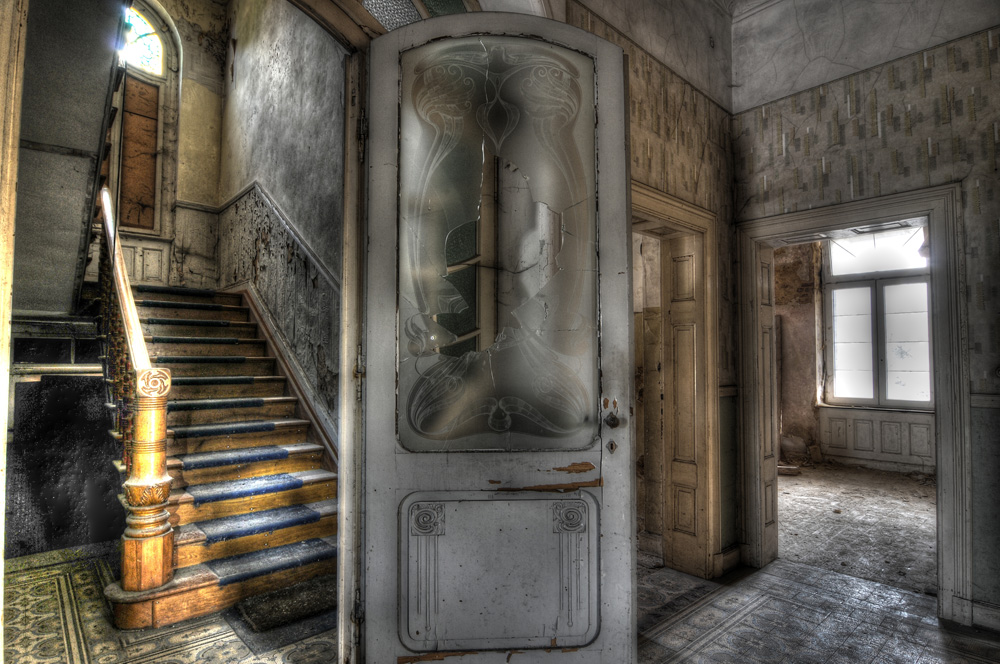 Die alte Villa erwacht zum Leben
