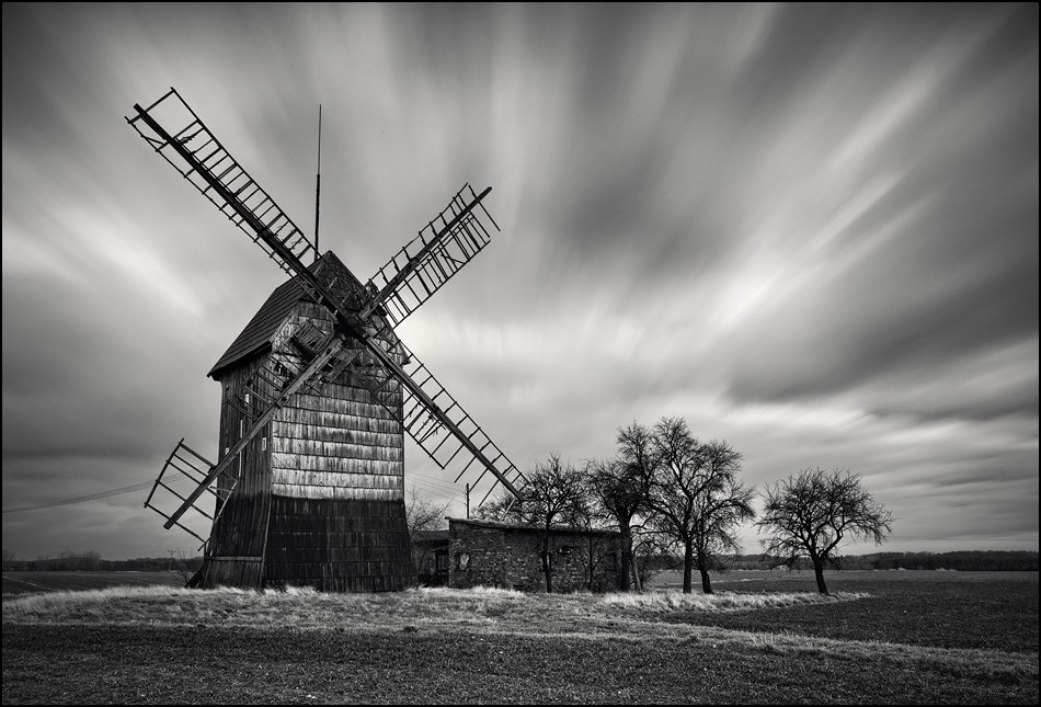 Die alte Windmühle