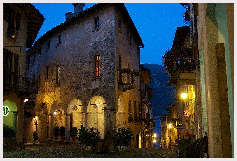 Die Altstadt von Cannobio