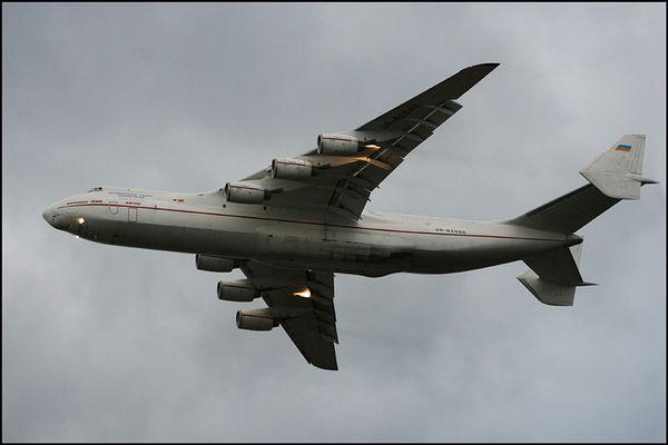 Die Antonov verlässt Köln