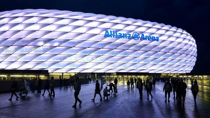 Die Arena...