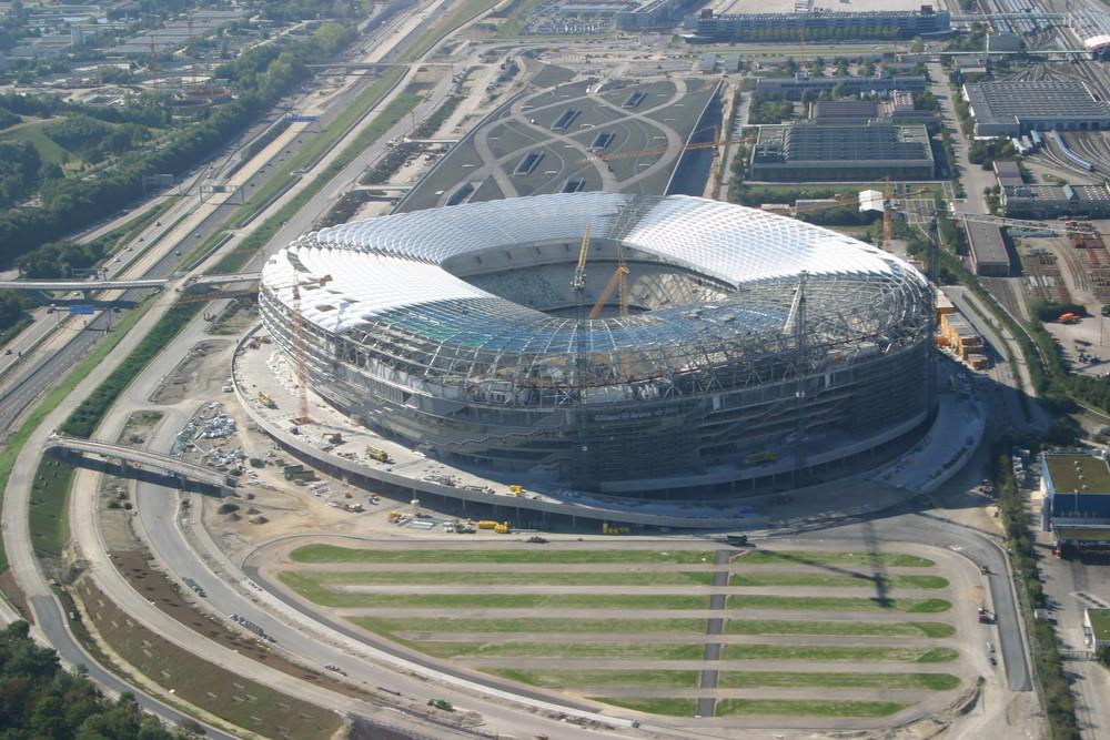 Die Arena noch als Baustelle