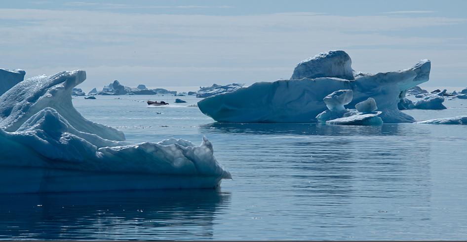 die arktis ist eine symphonie in blau.