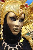 Die Augen hinter der Maske 6