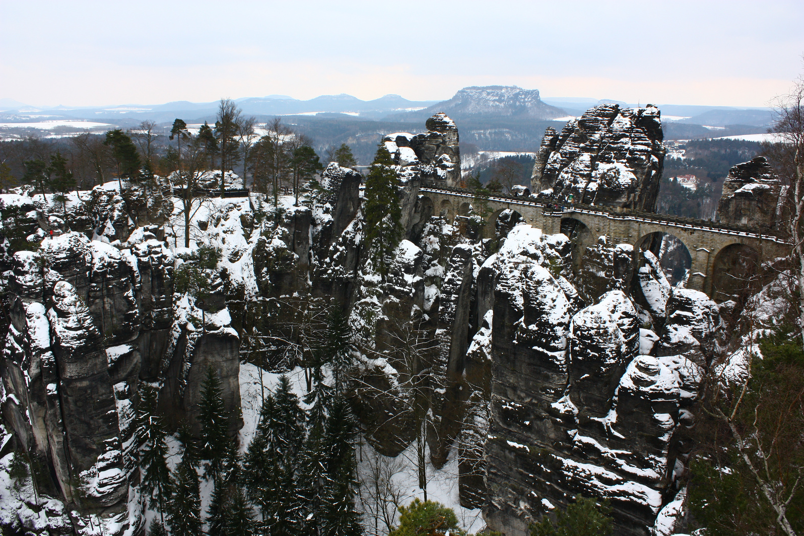 Die Bastei im April 2013...