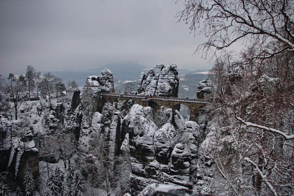 die Bastei in Weiß