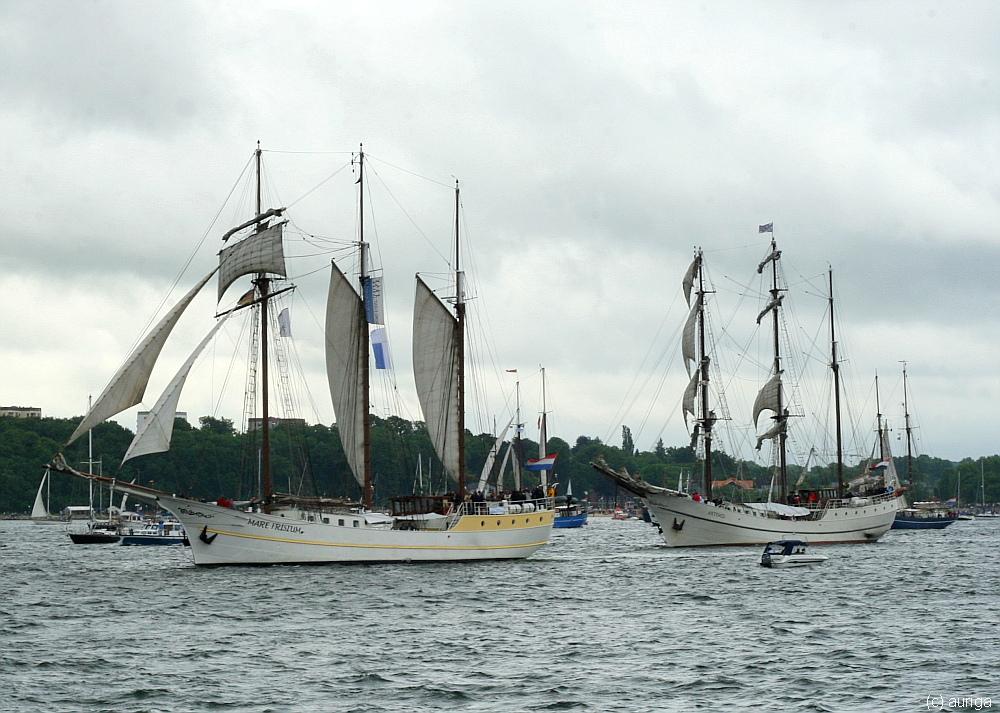 Die beiden niederländischen Dreimaster Mare Frisium und Artemis