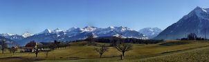 die Berner Alpen - Schiebepanorama von Juan