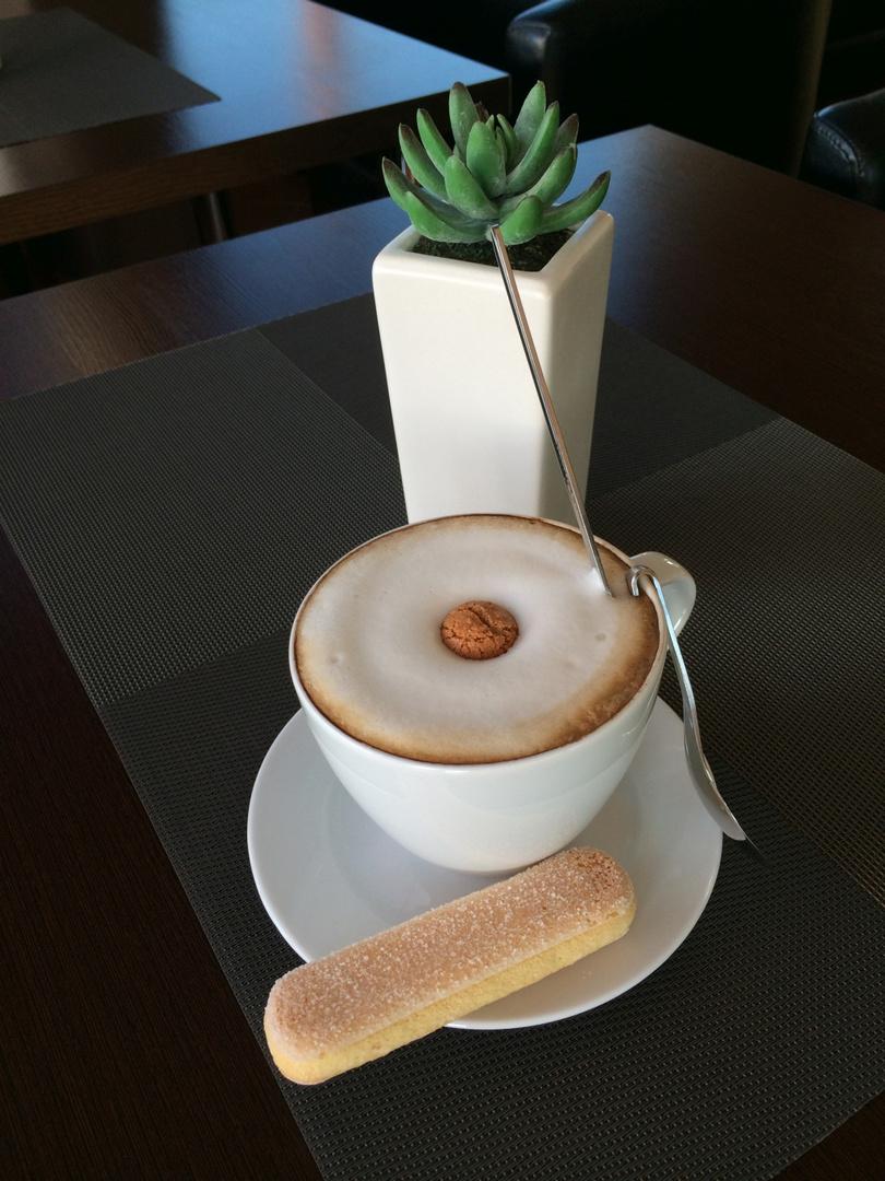 Die beste Methode, das Leben angenehm zu verbringen, ist, guten Kaffee zu trinken