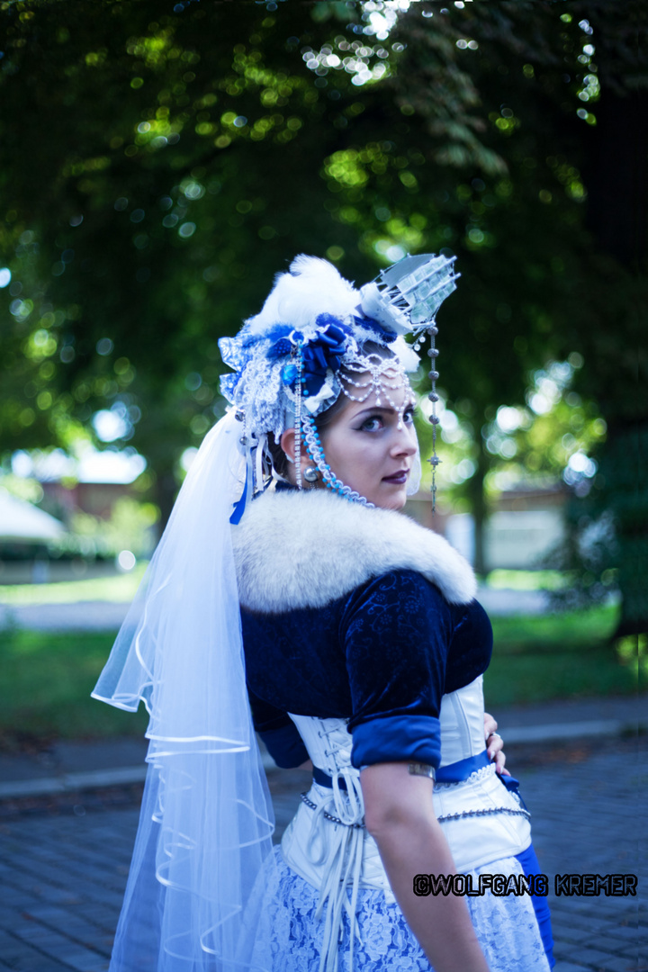 die Blau-Weiße Königin