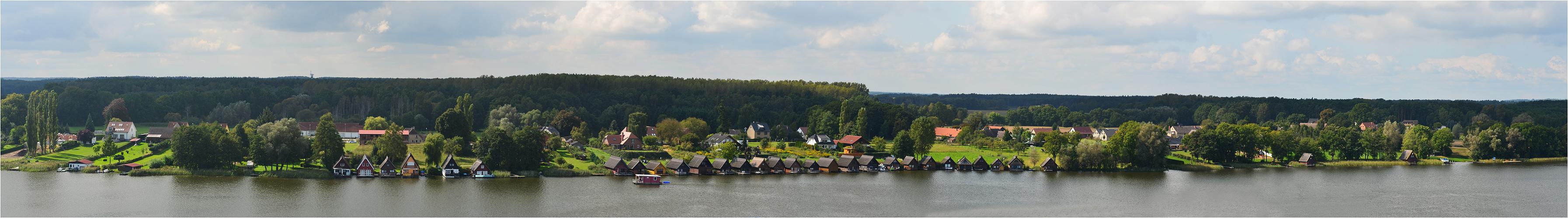Die Bootshäuser am Mirower See