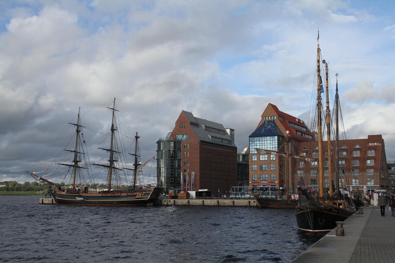 Die Bounty im Rostocker Hafen