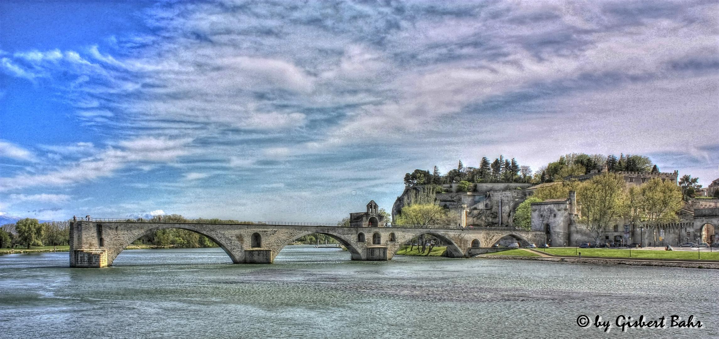Die Brücke ...