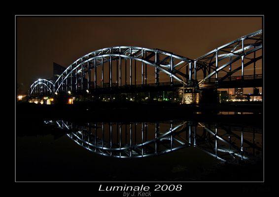 Die Brücke am Main oder gut das es geregnet hat.......