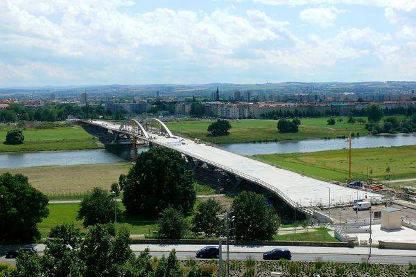 Die Brücke im Juli 2012
