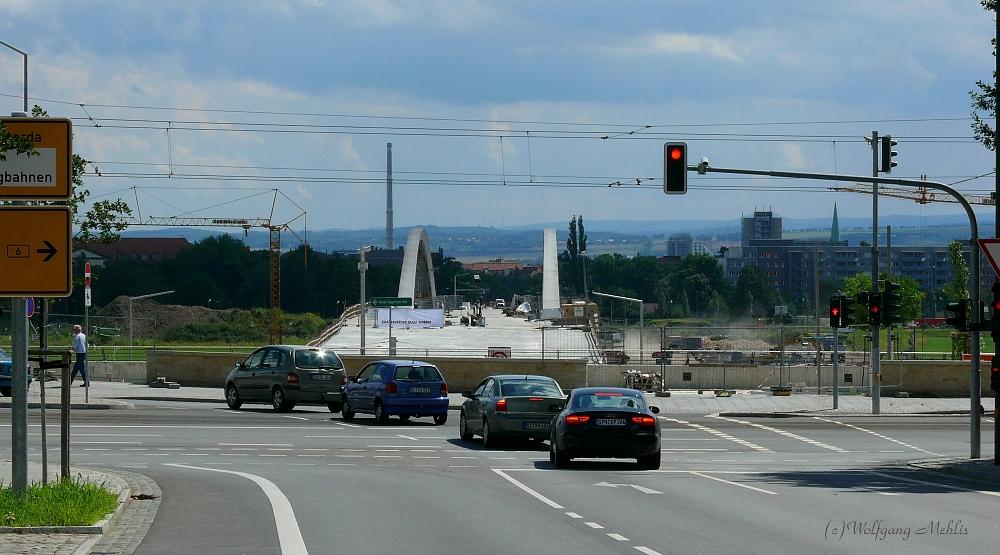 Die Brücke im luli 2012 II