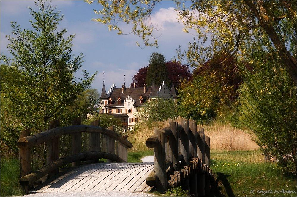 Die Brücke zur Seeburg