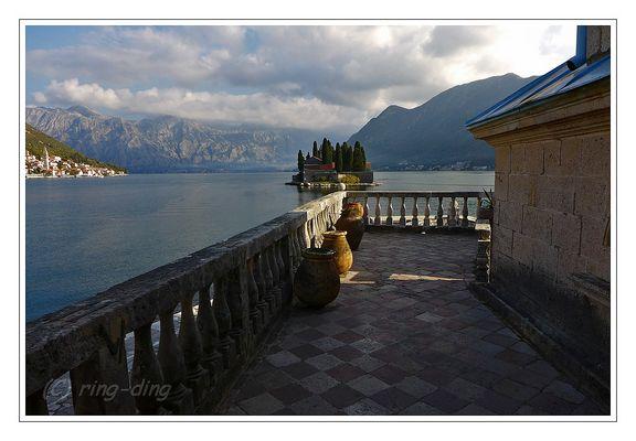 Die Bucht von Kotor ...