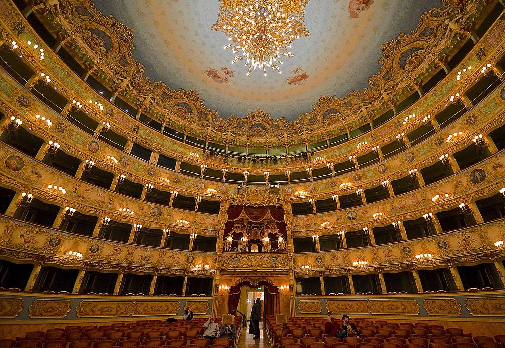 Die Bühne für Venedig ist eröffnet