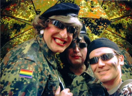 die Bundeswehr auf hohen Hacken