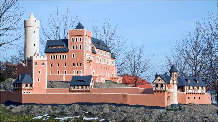Die Burg Anhalt...
