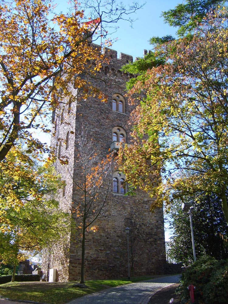 Die Burg im Herbst