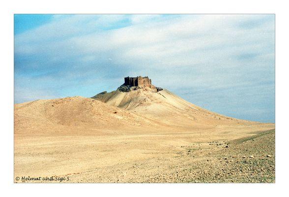 Die Burg Qalat ibn Maan in Palmyra, Syrien