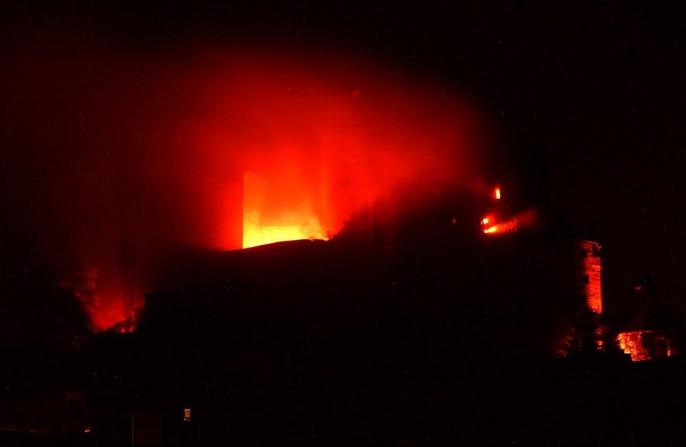 Die Burg Runkel in Flammen 2009 (6)