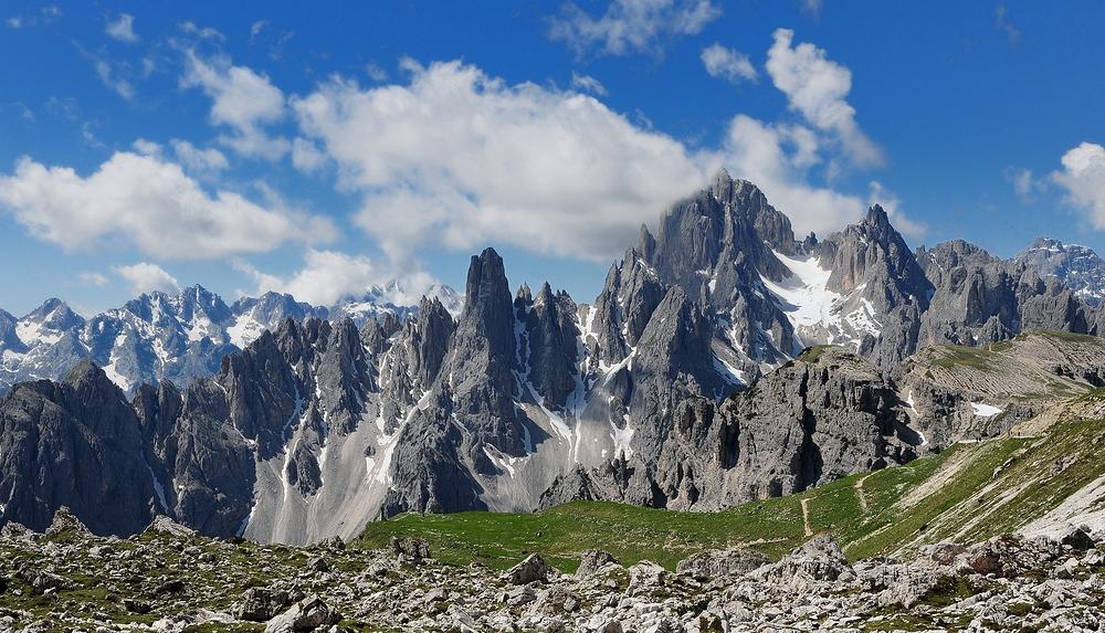 Die Cadini di Misurina (hier im Sommer aufgenommen) bilden...