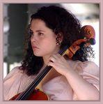 Die Cellistin I