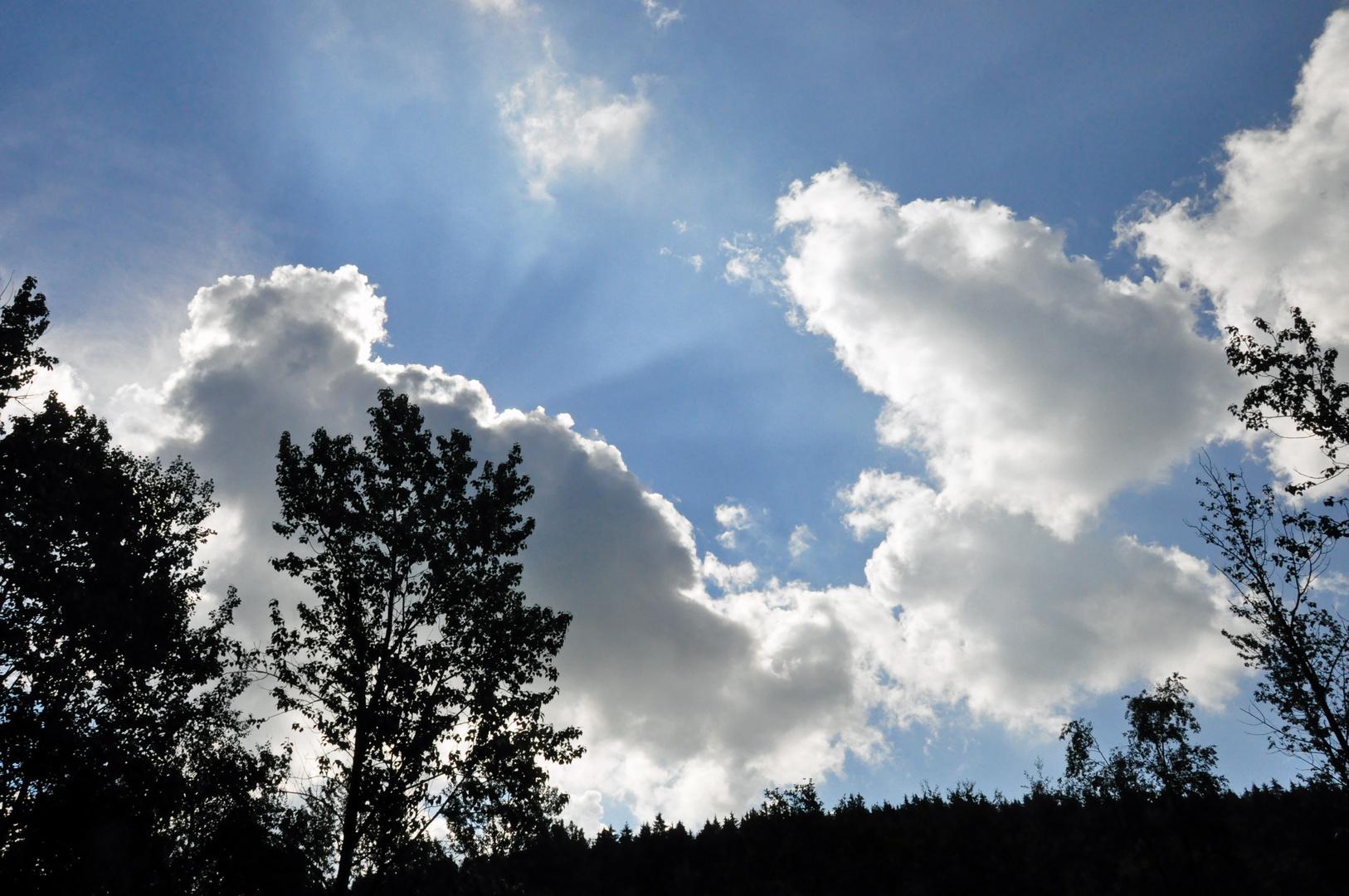 Die Cumuluswolken gestern über dem Wehebachtal