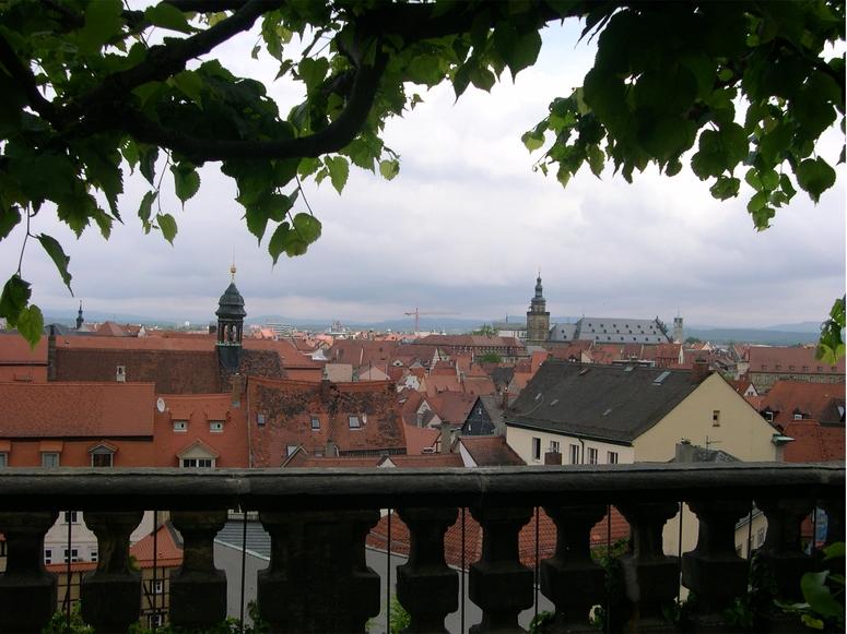 Die Dachlandschaft Bambergs (gesehen vom Rosengarten)