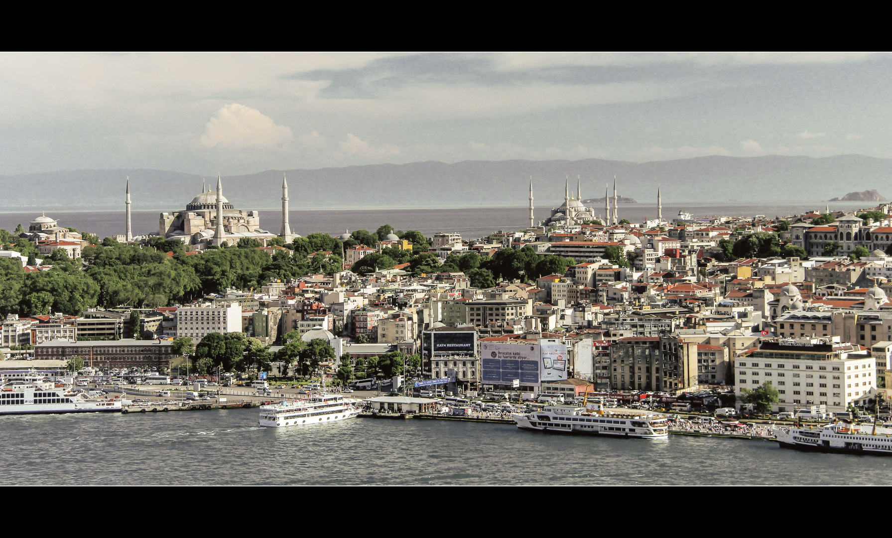 Die Dächer über Istanbul