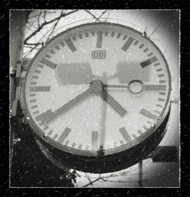 Die DB Uhrzeit